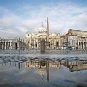 Von Michelangelo geprägtes Bauwerk überragt ganz Rom