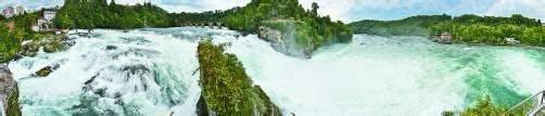 1,3 Millionen Menschen aus aller Welt lassen sich dieses Spektakel jedes Jahr nicht entgehen: Der Rheinfall – größter Wasserfall Europas – weckt nun auch Begehrlichkeiten der Stromproduzenten. Foto: Hansueli Krapf