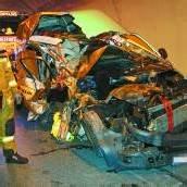 Lkw-Panne führte zu Auffahrunfall Ein Verletzter im Ambergtunnel /B1