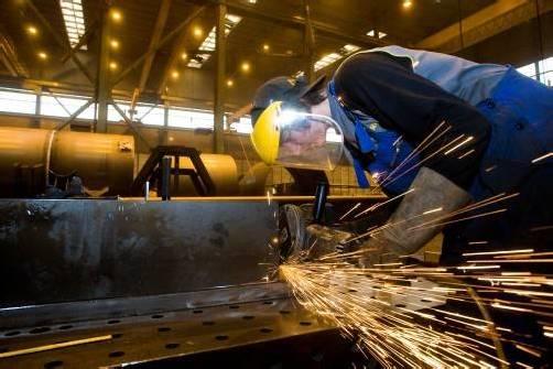 Besonders die Metallindustrie in Vorarlberg ist betroffen. Der Lockdown kostet nach Berechnungen rund 700 Millionen Euro Wertschöpfung.VN/Paulitsch