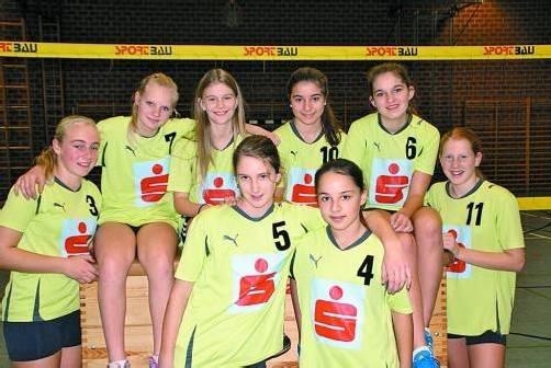 Die Mädchen des VSMS Satteins holten sich in der erstmals ausgetragenen Superrunde den ersten Rang. Foto: Privat