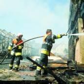 282 Brandeinsätze, ein Toter und 17 Verletzte
