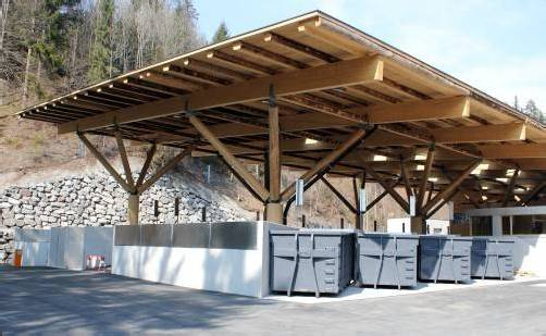 Gemeinsamer Bauhof, Baurechtsverwaltung und Wertstoffsammelzentrum: neues Dienstleistungszentrum nimmt Betrieb auf. Foto: SChwald