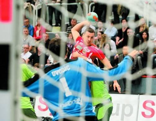 Hard-Spielmacher Marko Krsmancic führte gegen West Wien in gewohnt souveräner Manier Regie und überzeugte mit sechs Treffern auch als Vollstrecker. Foto: hartinger