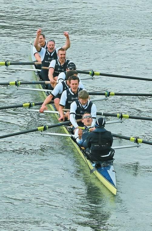 Jubel bei Oxfords Ruderern nach Sieg Nummer 77. Foto: reuters
