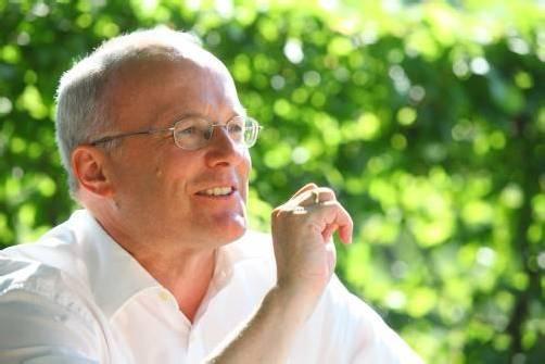 Prim. Univ.-Prof. Dr. Reinhard Haller ist heute zu Gast beim Mini-Med-Studium im Cubus in Wolfurt und referiert über die neuesten Erkenntnisse aus der Hirnforschung zum freien Willen. foto: vn/hofmeister