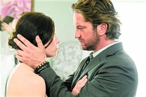 Stacie (Jessica Biel) will George (Gerard Butler) zurückgewinnen. Foto: Splendid film