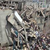 Textilfabrik in Bangladesch eingestürzt: Über 120 Tote