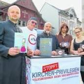 Auf Stimmenfang gegen Kirchen-Privilegien