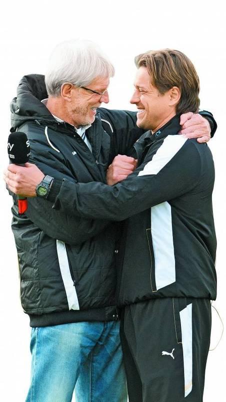 Zwei, die sich seit vielen Jahren kennen: Edi Stöhr (links) und Austria-Trainer Helgi Kolvidsson. Foto: gepa