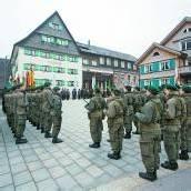 24 Rekruten gelobten in Bezau ihrem Vaterland die Treue