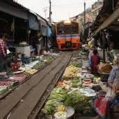 Markt der schließenden Schirme