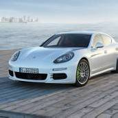 Porsches Panamera auch als Vollhybrid