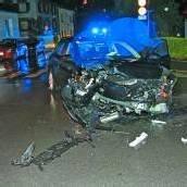 Schwerer Unfall, weil Alkolenker bei Rot fuhr