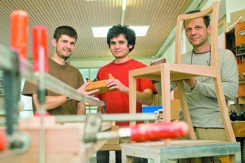 Bei Schmidinger Möbelbau in Schwarzenberg wird großer Wert auf Handwerksqualität gelegt. Foto: VN/Steurer