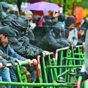 Pfefferspray gegen Blockupy-Aktivisten