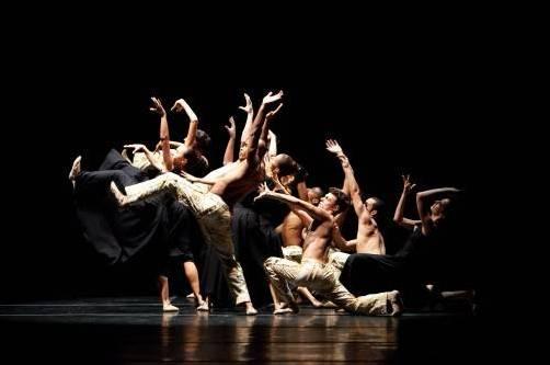 """Die """"São Paulo Companhia de Dança"""" zeigt beim """"Bregenzer Frühling"""" eine seltene Kombination aus klassischem Ballett und modernem Tanz. foto: bregenzer frühling"""