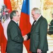 Bundesratschef Mayer besucht Zeman in Prag