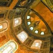 Prachtvolle Kirche im Herzen Istanbuls