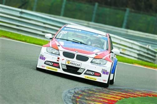 Hat trotz zuletzt weniger Rennkilometer das Siegen nicht verlernt: Christian Klien im DTC-BMW 320 in Spa. Foto: DTC