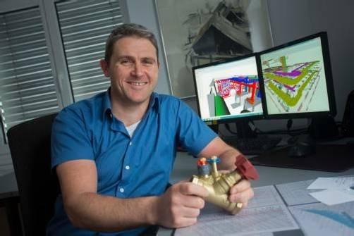 Ludwig Netzer und sein Team fertigen alle Pläne in 3D an – siehe Bildschirm. Foto: vn/hartinger