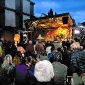 Musik erobert den Kornmarktplatz Tausende bei New Orleans Festival /D9