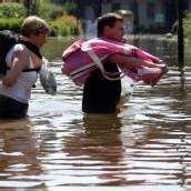 Elbe-Flut in Magdeburg zwingt Menschen zur Flucht