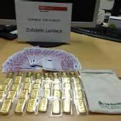 Zöllner entdeckten in Auto 40 Goldbarren