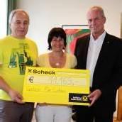 Altach unterstützt den Verein Geben für Leben
