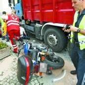 Motorradfahrer (73) lebensgefährlich verletzt