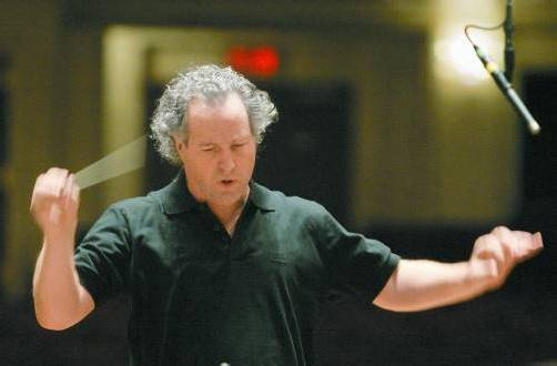 Dirigent Manfred Honeck ist auf Europatournee. Foto: AP