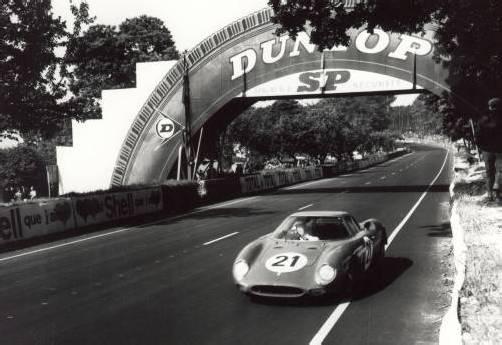 Jochen Rindt gewinnt 1965 mit einem privaten Ferrari 275 LM als erster Österreicher den-24-Stunden-Klassiker in Le Mans. FOTOS: E. WALITSCH, www.jochen-rindt.at