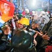 Türkei steht am Rand eines Bürgerkriegs