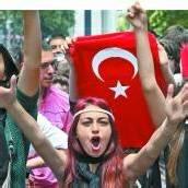 Proteste gegen Erdogan münden in einen Streik