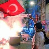 Der Taksim-Platz in Istanbul ist weiter von Demonstranten besetzt