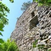 Kletterer (84) stürzte von Burgruine in den Tod