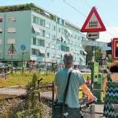 Bahn möchte in Bregenz drei Schranken schließen