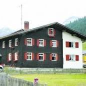 Martin kaufte Anwesen in Lech
