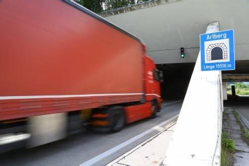 Der Arlbergtunnel wird täglich von 8000 Fahrzeugen frequentiert.