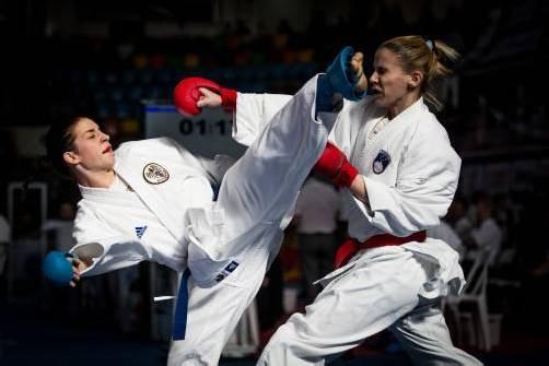 Bei der EKF-Europameisterschaft im Mai in Tampere wurde Bettina Plank (l.) erst im Finale von der Türkin Serap Ozcelik gestoppt. Foto: ÖKB