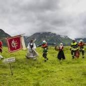 Großer Festumzug in Lech