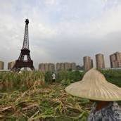 Paris als Geisterstadt in China