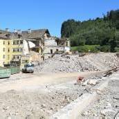 Bagger machen alte HAK in Feldkirch platt
