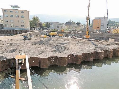 Die Vorbereitungsmaßnahmen für die Errichtung der Fundamente sind in vollem Gange. Foto: kuehmaier