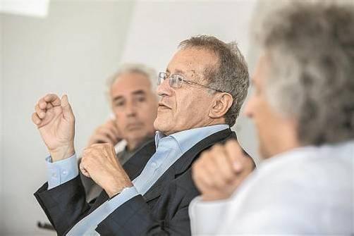 Für die geplante private Universität in Vorarlberg wurde den VN von (v. l.) Dietmar Eberle, Helmut Kramer und Roland Pircher exklusiv das Konzept zu Studienangebot, Lehre und Forschung präsentiert. Fotos: vn/Steurer