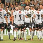 Fußball zelebriert, Mattersburg zerlegt