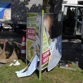Vandalen beschädigten Wahlplakate