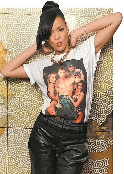 Viele Stars nutzen T-Shirts, um Botschaften zu transportieren. Foto: AP