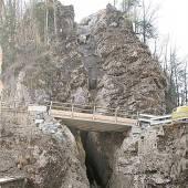 Fels bedroht die Ebniter Straße