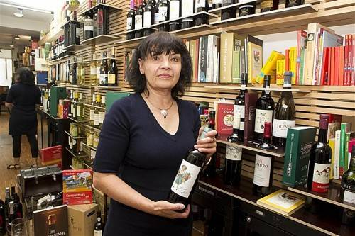 Weine aus Spanien und viel Lesestoff gibt es bei Cervantes und Co in Feldkirch. VN/Paulitsch